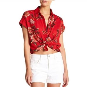 Romeo + Juliet Couture Red Floral Button Down Tee